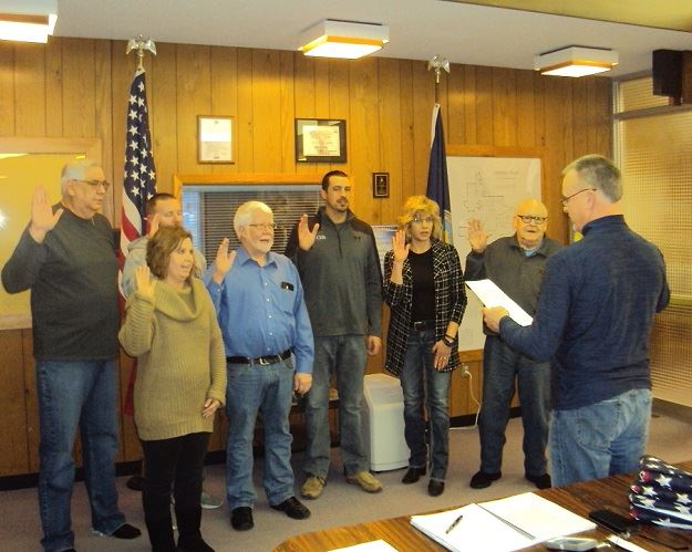 Planning Commission is sworn in